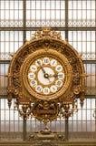 博物馆D `奥赛的金黄时钟 库存图片