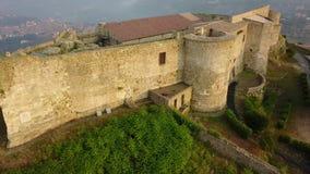 维博瓦伦蒂亚城堡的鸟瞰图 卡拉布里亚意大利 股票录像