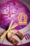 占星术天秤座符号 免版税图库摄影