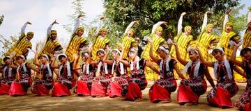 卡伦传统民间舞 库存图片