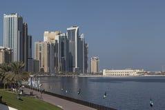 卡利德盐水湖Corniche散步 沙扎 阿拉伯酋长管辖区团结了 免版税库存图片