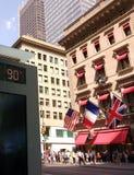 卡地亚,热的90个度日,九十华氏度在纽约, NYC,美国 免版税库存照片