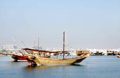 卡塔尔的美丽的传统单桅三角帆船 免版税图库摄影