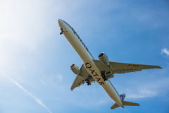 卡塔尔航空公司飞机 免版税图库摄影