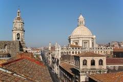 卡塔尼亚大教堂都市风景意大利 免版税库存照片
