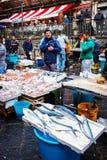 卡塔尼亚,特点西西里人的鱼市,意大利 免版税库存照片