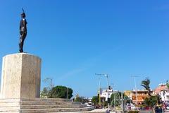 卡塔赫钠,哥伦比亚- 2015年12月28日:外面一个高雕象被围住的城市在2015年12月28日的卡塔赫钠 免版税库存照片