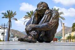 卡塔赫钠,西班牙- 2016年7月13日:纪念碑El Zulo,创造由雕刻家胜者奥乔亚 致力恐怖的受害者 库存照片