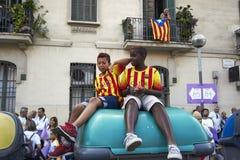 卡塔龙尼亚的国庆节的孩子 库存图片