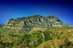 卡塔龙尼亚蒙特塞拉特岛山 免版税图库摄影