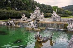 卡塞尔塔王宫喷泉 免版税图库摄影