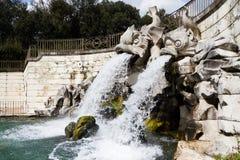 卡塞尔塔王宫,喷泉 免版税库存图片