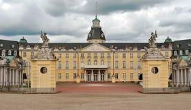卡尔斯鲁厄宫殿 免版税库存图片