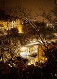 卡尔斯巴德市中心在夜之前 免版税库存照片