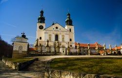 卡尔瓦里亚-泽布日多夫斯卡修道院在克拉科夫,波兰附近的 库存照片