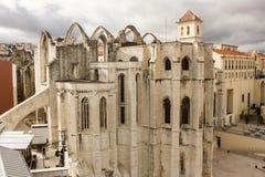 卡尔穆教会和女修道院废墟在里斯本,葡萄牙 免版税库存照片