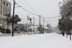 卡尔霍恩街,查尔斯顿,在2018年1月暴风雪期间的SC 库存图片