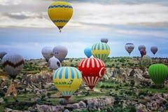卡帕多细亚-气球 免版税图库摄影