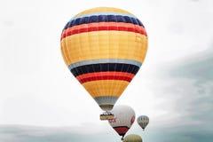 卡帕多细亚-气球 库存图片