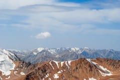 卡扎克斯坦山 免版税库存照片