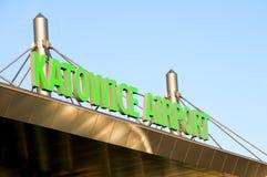 卡托维兹-在机场的标志 免版税库存照片