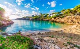 卡拉市埃斯梅拉达岛海滩,帕尔马马略卡 免版税库存图片