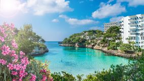 卡拉市d'或城市,帕尔马马略卡海岛,西班牙卡拉市Dor海湾  免版税库存照片