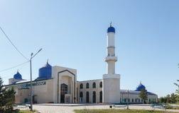 卡拉干达,哈萨克斯坦- 2016年9月1日:卡拉干达市清真寺 免版税库存图片