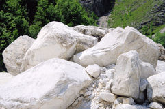 卡拉拉大理石坑坑洼洼 免版税库存图片