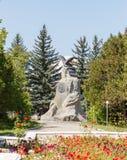 卡拉科尔,伊塞克湖,吉尔吉斯斯坦- 2016年8月12日:对Th的纪念碑 免版税图库摄影