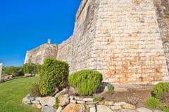 卡斯卡伊斯沿海城市的城堡  免版税库存照片