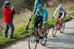卡斯泰尔拉伊蒙多,意大利- 2015年3月15日:专业骑自行车者 免版税库存照片