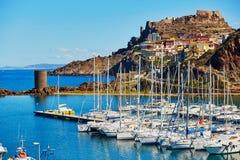 卡斯泰尔萨尔多村庄在撒丁岛,意大利 免版税库存图片