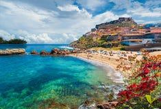 卡斯泰尔萨尔多,萨萨里省,撒丁岛,意大利中世纪镇  库存图片
