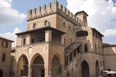 卡斯特尔` Arquato皮亚琴察意大利历史的中心 图库摄影