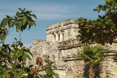 卡斯蒂略堡垒在古老玛雅市Tulum 免版税库存图片