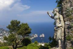 卡普里岛海岛全景从Monte索拉罗的,在阿纳卡普里 图库摄影
