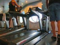 卡纳维尔角,美国- 2018年4月30日:温泉和健身中心在巡航划线员或海的船绿洲 免版税库存图片