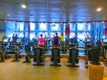 卡纳维尔角,美国- 2018年4月30日:温泉和健身中心在巡航划线员或海的船绿洲 库存照片