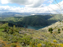 卡纳莱斯水库, GÃ ¼ ejar山脉,内华达山,西班牙 免版税库存照片