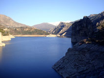 卡纳莱斯水库, GÃ ¼ ejar山脉,内华达山,西班牙 库存图片