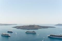 卡美尼岛,圣托里尼在夏天2015年 免版税图库摄影