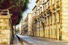 卡萨罗街在巴勒莫,西西里岛,意大利 免版税图库摄影