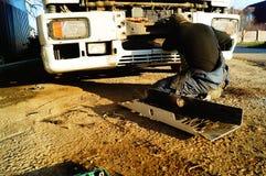 卡车的修理 免版税库存图片