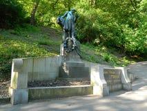 卡雷尔Hynek Mà ¡ cha, PetÅ™Ãn,布拉格古铜色雕象  库存照片