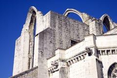 卡默利特平纹薄呢修道院里斯本葡萄牙哥特式教会博物馆的废墟喝倒采历史 库存图片
