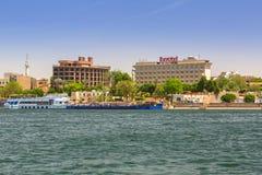 卢克索镇风景尼罗河的,埃及 免版税库存图片
