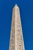 卢克索方尖碑在巴黎 图库摄影