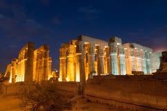 卢克索,埃及寺庙在晚上 图库摄影