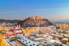 卢布尔雅那全景在冬天 斯洛文尼亚,欧洲 免版税库存图片